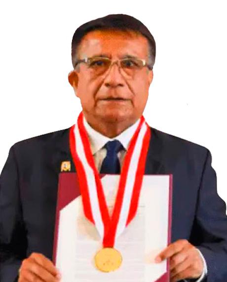 Dr. Eduardo Flores Juárez